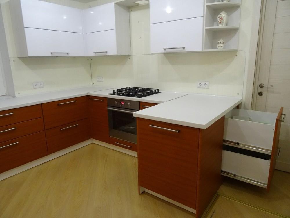 Встроенная кухня-Кухня МДФ в ПВХ «Модель 195»-фото2