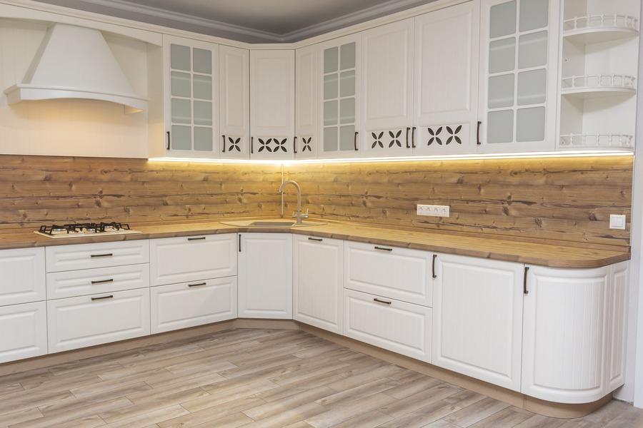 Белый кухонный гарнитур-Кухня МДФ в ПВХ «Модель 10»-фото2