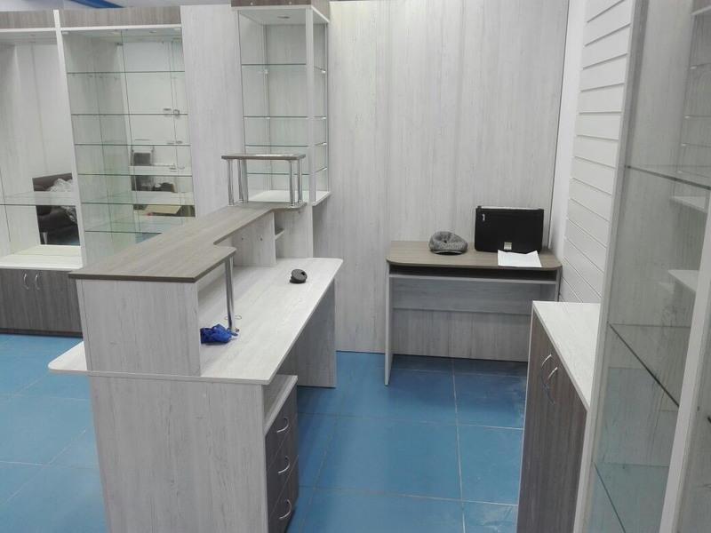 Торговая мебель-Мебель для оптики «Модель 198»-фото3
