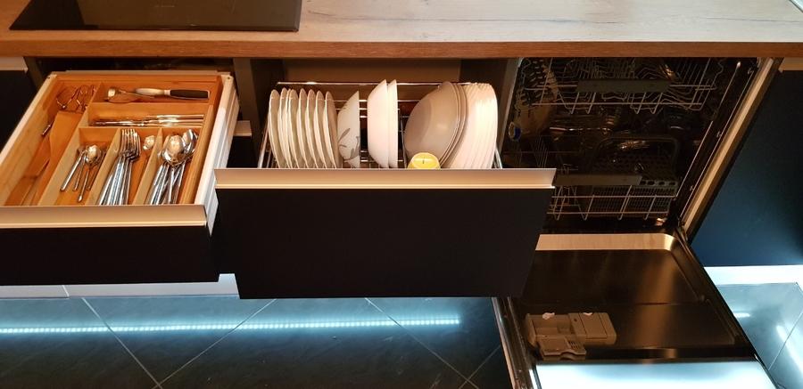 Встроенная кухня-Кухня из пластика «Модель 336»-фото6