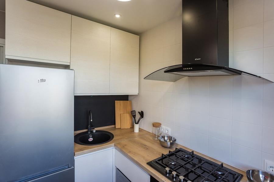Белый кухонный гарнитур-Кухня МДФ в эмали «Модель 458»-фото2