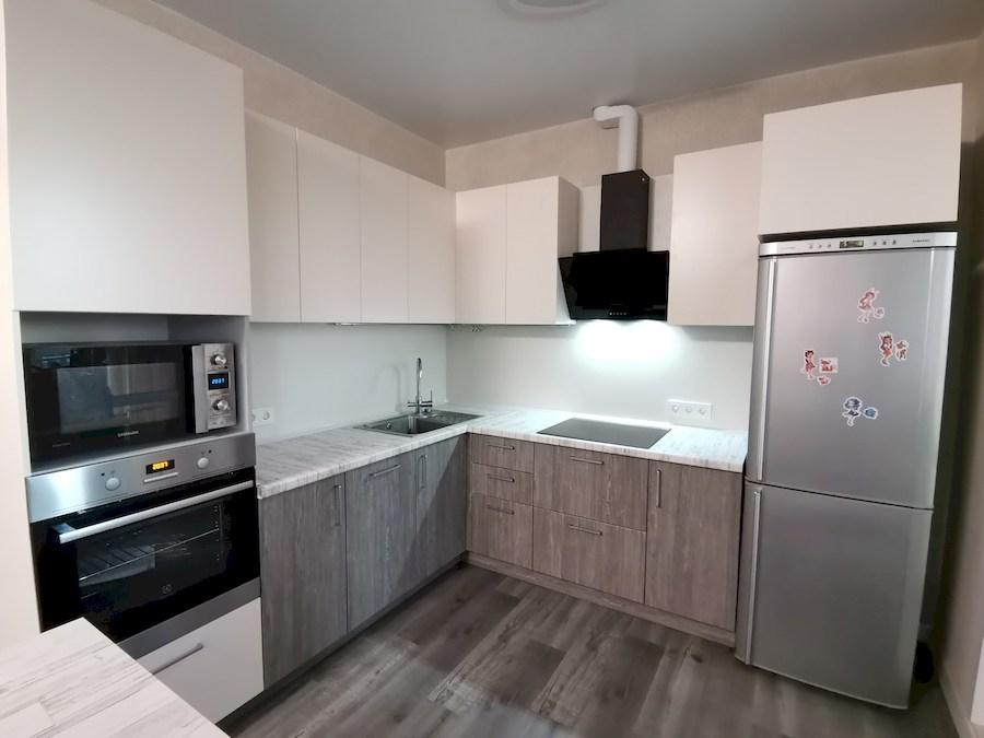 Белый кухонный гарнитур-Кухня МДФ в ПВХ «Модель 580»-фото3